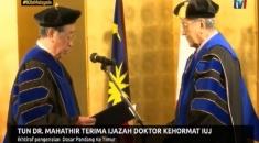 TUN DR MAHATHIR TERIMA IJAZAH DOKTOR KEHORMAT IUJ